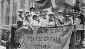 Il centenario del suffragio femminile negli Stati Uniti d'America @ Biblioteca San Giorgio